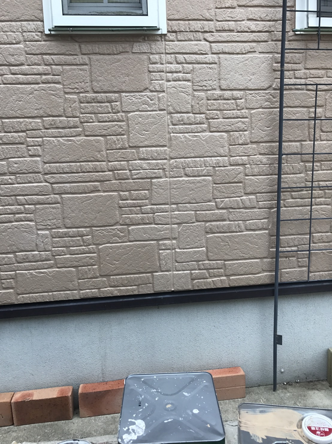 兵庫県T様邸コーキング部分の補修、塗装工事 - AFTER
