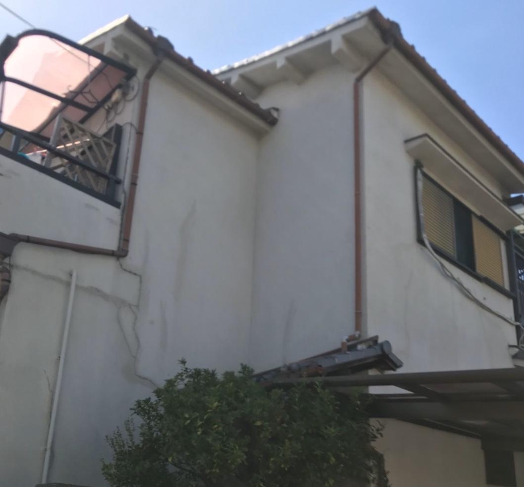 滋賀県H様邸外壁塗装 - BEFORE