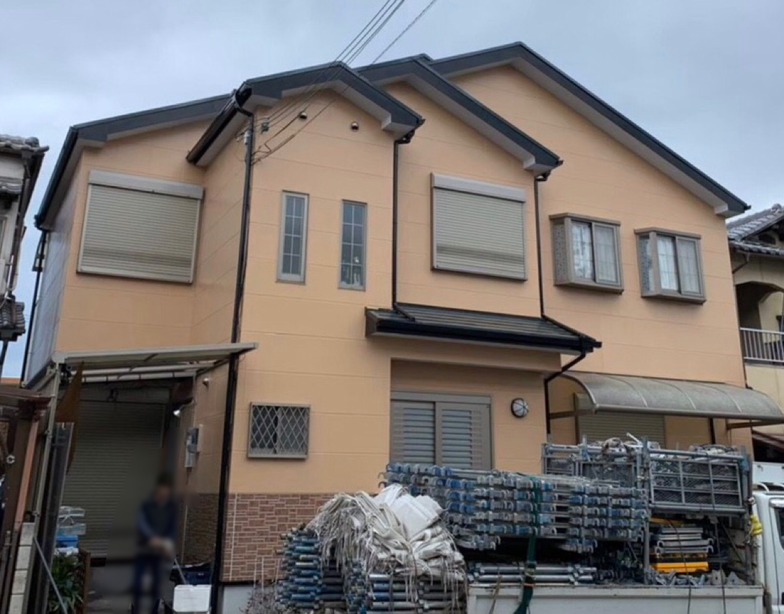 寝屋川市M様邸屋根塗装、壁塗装、コーキング打替え - AFTER